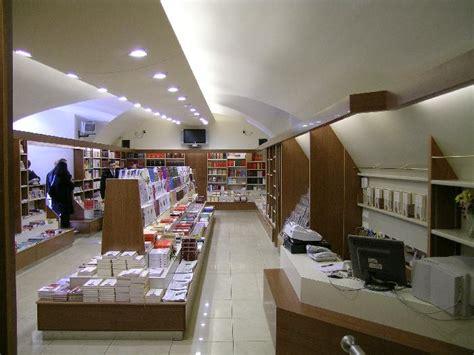 libreria s paolo roma realizzazioni 2008 architettura e interior design