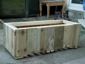 isau diy wood planter