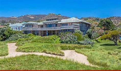 steven spielberg house steven spielberg dumps malibu temple of ocean views tmz com