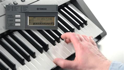 Keyboard Yamaha E353 psr e353 digital keyboard overview
