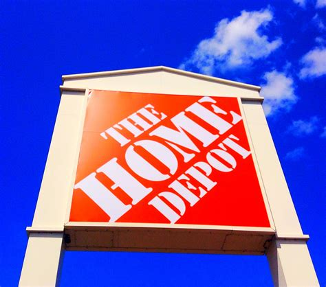 Home Depot Data Breach by Hackers Took Emails With Credit Card Data In Home Depot