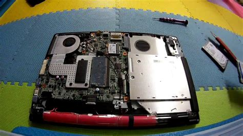 Laptop Acer Z1401 C810 how to replace harddisk on acer one 14 z1401 c810