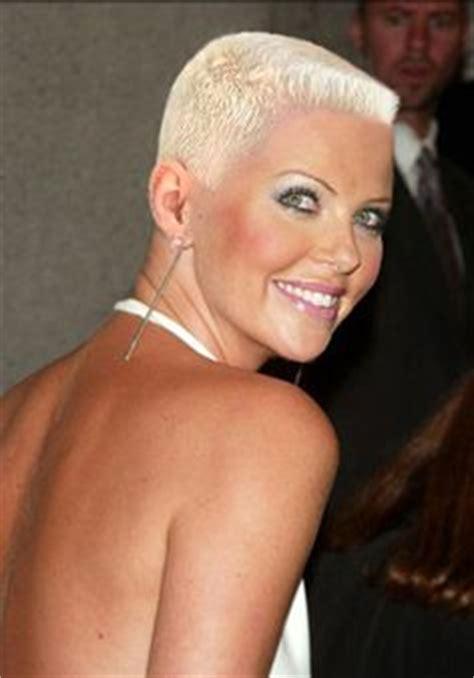 www womenwhocutflattophaircutson gar 231 onne on pinterest pixie cuts short hairstyles and
