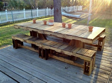 Patio Table From Pallets by Pallet Patio Table Home Improvement