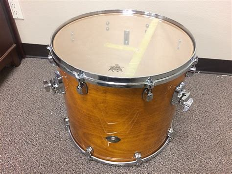 18 X 18 Floor Tom by Tama Starclassic Birch 18 Quot X 16 Quot Floor Tom On Legs