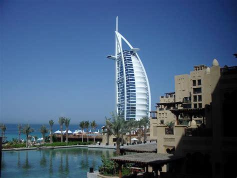 turisti per caso dubai dubai burj al arab viaggi vacanze e turismo turisti