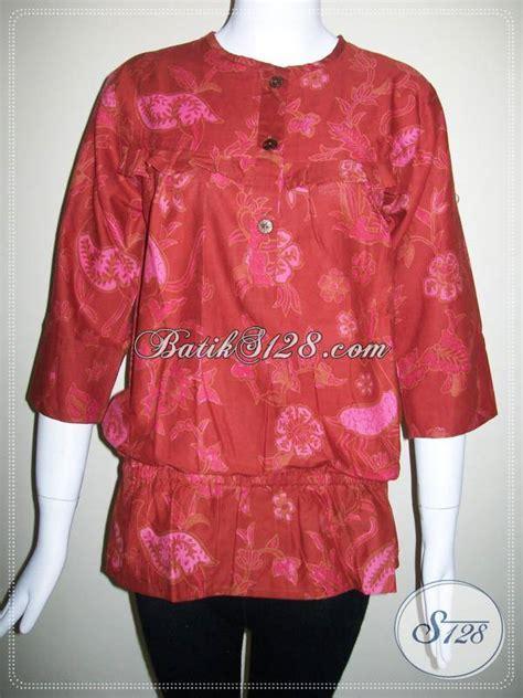 Dompet Imlek baju batik wanita warna merah yang bisa dipakai untuk