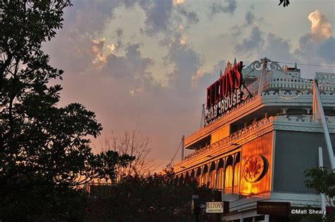 fulton crab house guest review fulton s crab house the disney food blog