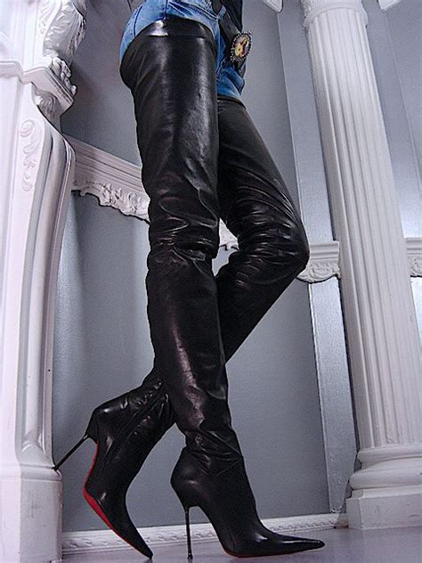 santa crotch high black leather boots 01 paula