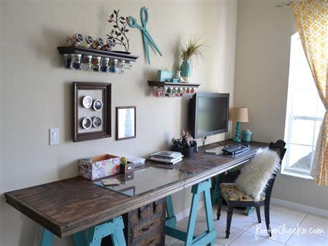 Diy Craft Room by 20 Creative Craft Room Organization Ideas Tip Junkie