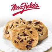 Mrs Fields Gift Card - win a 25 gift card from mrs fields cookies cocktails with mom