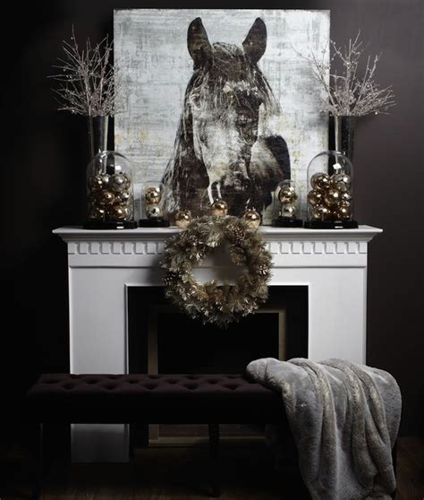 Fireplace Mantel Decorating Ideas For Christmas by 10 Country Christmas Decorating Ideas Artisan Crafted