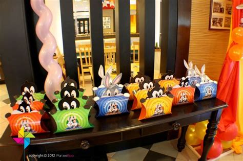 Baby Looney Tunes Decorations by Packs Specially Designed For A Baby Looney Tunes