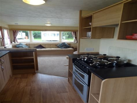 Private Hire Caravan Holidays   Marton Mere Holiday