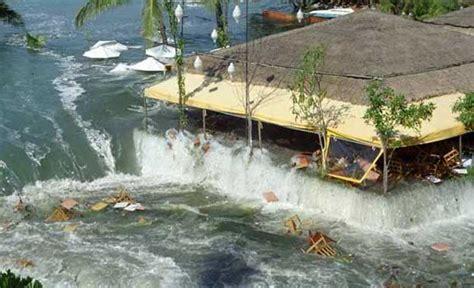 imagenes reales tsunami tailandia el tsunami de indonesia 2004 documental vista al mar