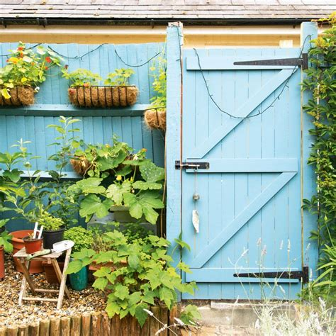 Homebase Shed Paint by Brilliant Budget Garden Ideas That Will Easily Boost Your