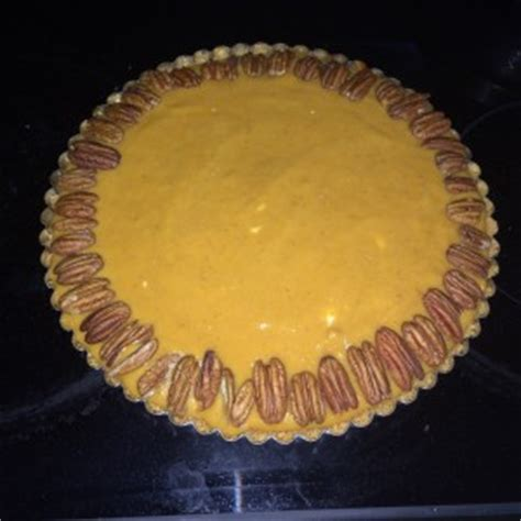eye crust eye healthy pumpkin pie with walnut olive crust