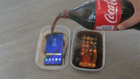 iphone xs max vs samsung galaxy s9 plus coca cola freeze test 24 hours