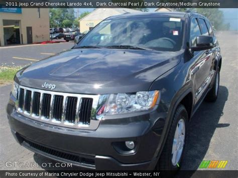 charcoal grey jeep grand cherokee dark charcoal pearl 2011 jeep grand cherokee laredo 4x4