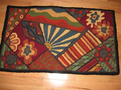 geometric rug hooking patterns 17 best images about rug hooking geometrics on rug hooking rug patterns and