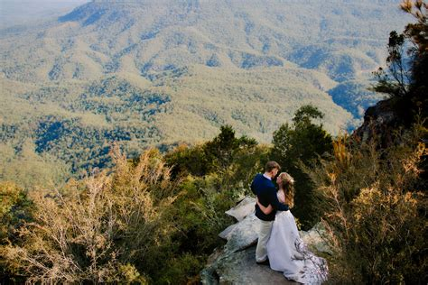 fairmont resort blue mountains wedding  james  rochelle