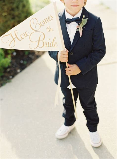 Wedding Banner For Ring Bearer by 25 Best Ideas About Wedding Meme On Wedding