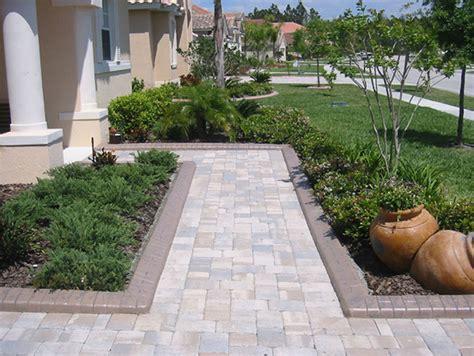 idea giardini 30 idee di pavimenti in pietra per esterni e giardini
