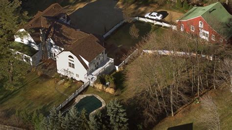 clinton chappaqua house hillary clinton email mystery man what we know about eric