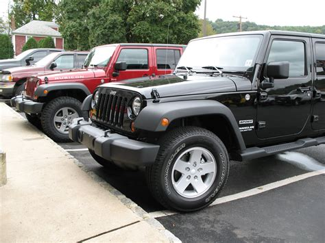 At Tires For Jeep Wrangler Goodyear Wrangler Duratrac 285 75r17 Tires Installed