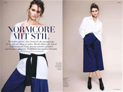 Kemeja Pria Wiliam Navy fitinline til sederhana dengan trend fashion