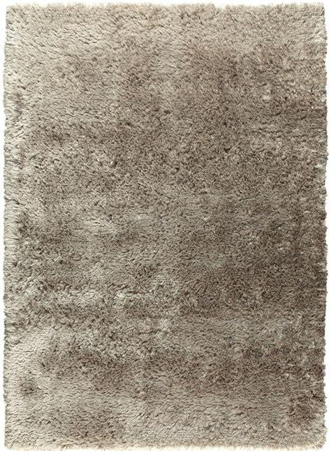 tapis tres hautes meches adore 2 taupe de la collection ligne