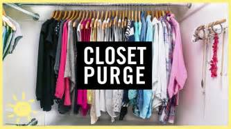 how to purge your closet organize 1 day closet purge what s up moms