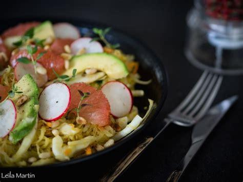 cuisiner la choucroute crue salade de choucroute crue fenouil plemousse et avocat