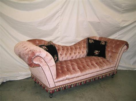 velvet sofa bed pink pink velvet sofa best 25 pink velvet sofa ideas on