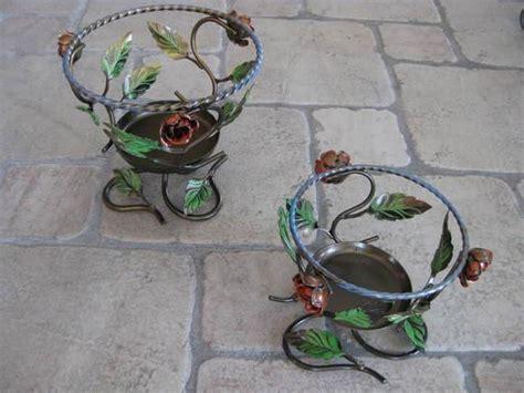 porta vasi in ferro porta vasi in ferro oggettistica colorata in ferro