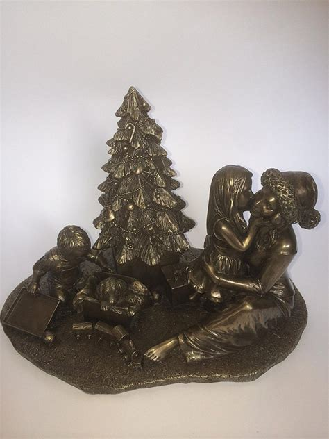 bronze families christmas morning statue island turf crafts