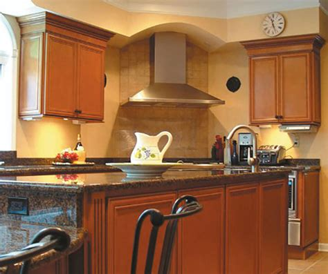 Glazed Maple Kitchen Cabinets Glazed Cabinets Kitchen Cabinets Paint Cabinets Maple Kitchen Cabinets Best Free Home