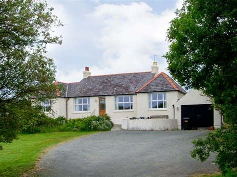 Anglesey Cottages Friendly by Alynfa Rhosneigr Llanfaelog Self Catering
