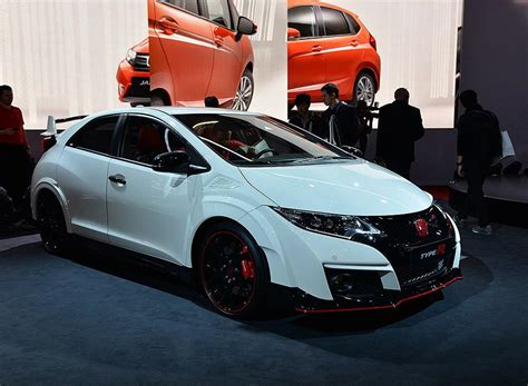 honda civic 2016 type r live from geneva the 2016 honda civic type r youwheel
