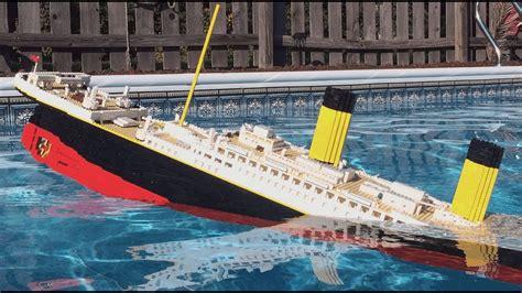 lego boat sinking in pool lego titanic sinking 𝐇𝐔𝐆𝐄 𝟕 𝐅𝐎𝐎𝐓 𝐌𝐎𝐃𝐄𝐋 youtube