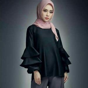 Preloved Baju Atasan Warna Hitam model baju atasan blouse trompy susun muslimah wanita lengan panjang
