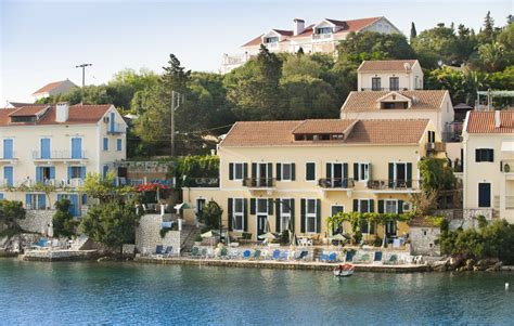 waterfront appartments waterfront apartments properties in kefalonia gic the
