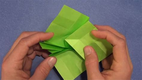 Shafer Origami Flasher - fold an origami flasher by shafer