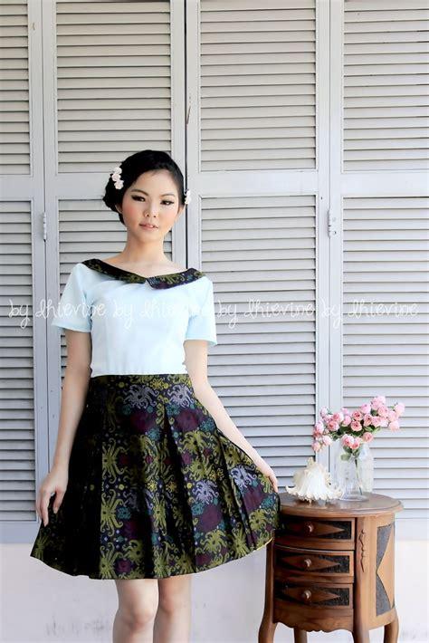 Bls356 Baju Wanita Blouse Batik Fashion Ootd Suryandhanu 17 best images about kebaya dan batik on javanese skirts and jakarta