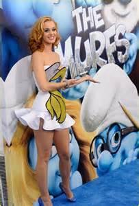 katy perry smurfette dress smurfs premiere
