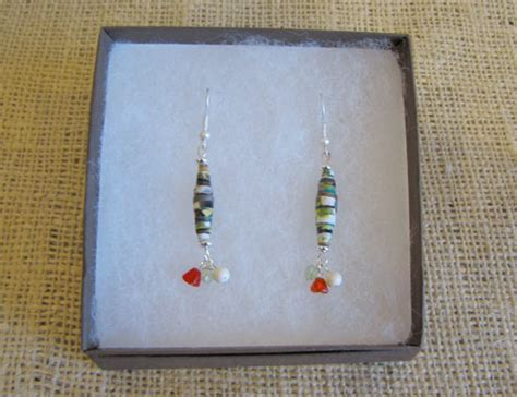Paper Bead Craft - upcycle paper bead earrings factory direct craft