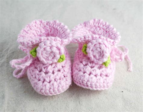 crochet patterns for baby booties crochet baby booties with rosettes creations by kara