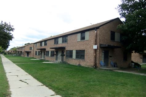 milwaukee housing authority section 8 hud grant for northwest side fuels skepticism 187 urban