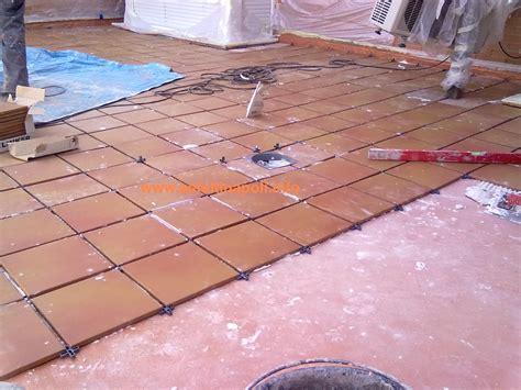 pavimentazione terrazzi pavimenti flottanti per esterni idee di design per la casa