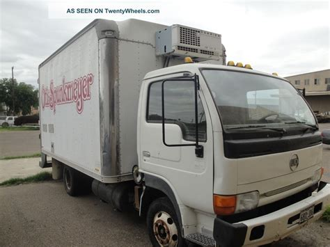 nissan box van 1994 nissan ud reefer box truck